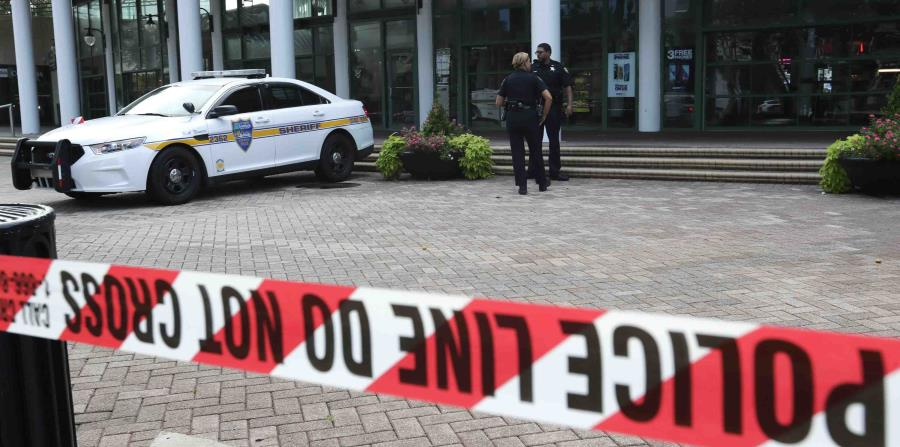 La Policía continúa investigando las causas de la balacera. (AP) (horizontal-x3)
