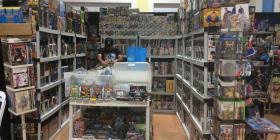 Un incendio causa daños en una tienda de cómics en Arecibo