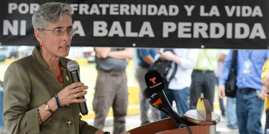 Michelle Hernández de Fraley detalló que alrededor de 4,000 policías han recibido alguna paga. (horizontal-x3)