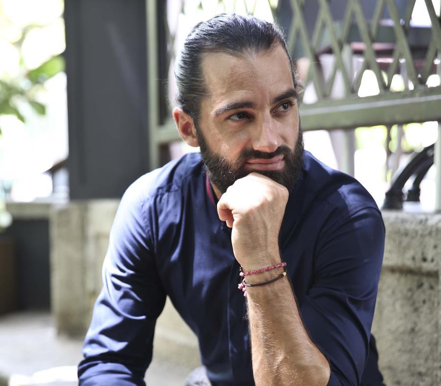 El bailarín español mantiene una relación estable con Adamari López. (GFR Media) (semisquare-x3)