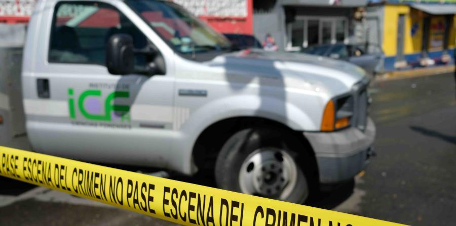 En la escena ocuparon un arma de fuego que tenía una de las víctimas. (horizontal-x3)