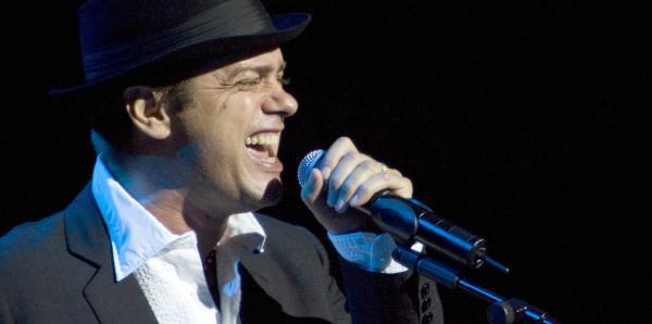 Santiago Auserón: el rockero español que ama el son cubano
