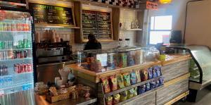 """""""Simple"""" es la nueva sandwichera que abrió en Condado"""
