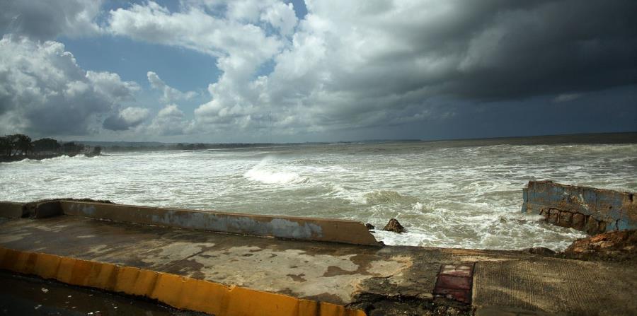 El derrame de sustancias químicas en los océanos también representa un problema (horizontal-x3)