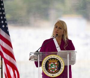 """La gobernadora en """"el difícil"""""""