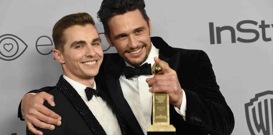 James Franco (derecha), director y protagonista de la comedia