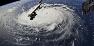 La costa este de Estados Unidos se prepara para el impacto de Florence