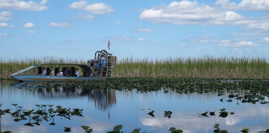 Una mujer muere en un accidente de hidrodeslizador en los Everglades (horizontal-x3)