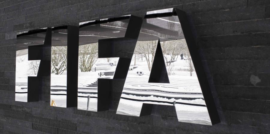 Aunque no se detallaron los casos, hay procesos penales abiertos contra los exdirectivos del ente rector del futbol mundial Joseph Blatter y Jerome Valcke. (horizontal-x3)