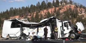 Cuatro muertos al estrellarse una guagua de turistas en Utah