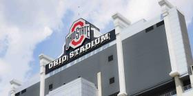 La Universidad de Ohio debe revelar quién sabía de los abusos por parte de un médico