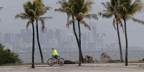 El coronavirus complica la posible respuesta a la temporada de huracanes