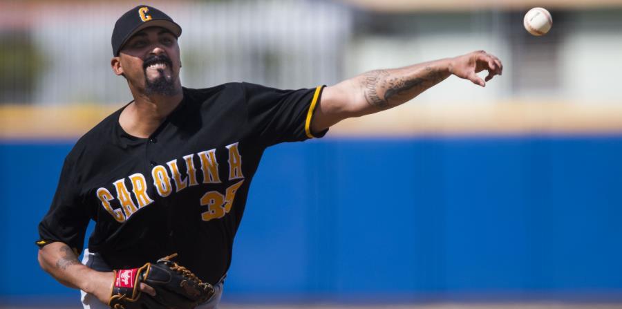 El lanzador zurdo de los Gigantes de Carolina, Giovanni Soto, fue uno de tres jugadores de ese equipo que se escogieron en el sorteo especial entre las novenas finalistas. (horizontal-x3)