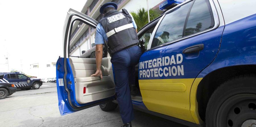 policía (horizontal-x3)