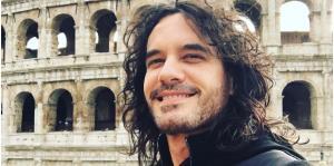 """Mario Cimarro, galán de """"Pasión de gavilanes"""", se casará con su novia 21 años más joven"""