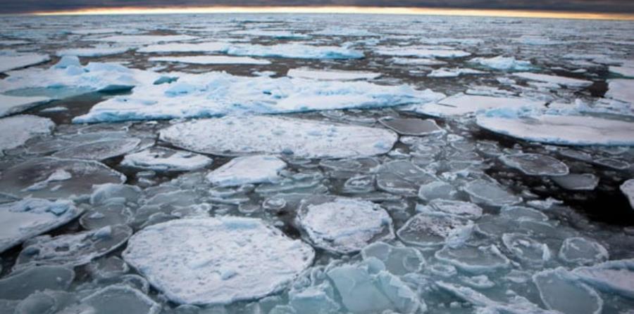 El hielo del Ártico se rompe y esto alarma a los científicos (horizontal-x3)