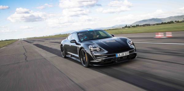 Encuentro exclusivo con el Porsche Taycan