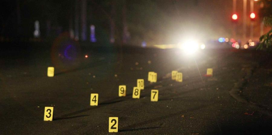 La Policía instó a las personas que tengan datos en torno al doble asesinato en Dorado a llamar al Cuerpo de Investigación Criminal de Vega Baja, al 787-858-6050 o al 787-343-2020. (horizontal-x3)