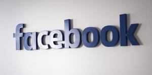 Reguladores federales presentan una querella contra Facebook por discriminación