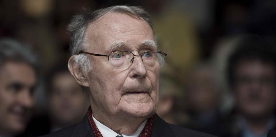 El fundador de IKEA, Ingvar Kamprad durante la inauguración del la cátedra de Margaretha Kamprad de medioambiente en el instituto tecnológico de Lausana, Suiza (horizontal-x3)