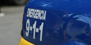 En condición de cuidado una mujer tras choque con camión frente a centro comercial en Fajardo