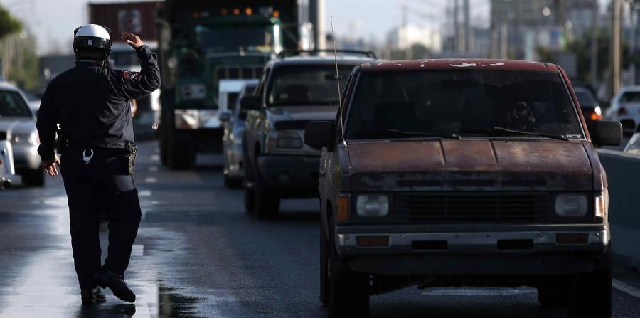 En la zona de Puerta de Tierra y el Condado se reporta congestión vehicular. (GFR Media) (horizontal-x3)
