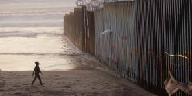 Demolerán prototipos de muro para construir tramo de valla fronteriza en Estados Unidos