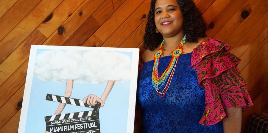 """Alarcón destacó la importancia de participar en el Festival de Cine de Miami para reivindicar alrededor del mundo esta identidad, """"que está en todas partes"""" (horizontal-x3)"""
