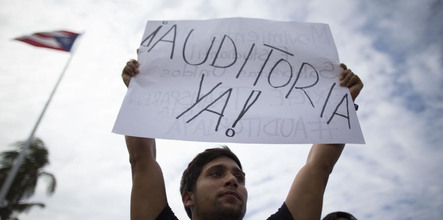 Crean petición en Casa Blanca para que auditen la deuda de Puerto Rico (horizontal-x3)