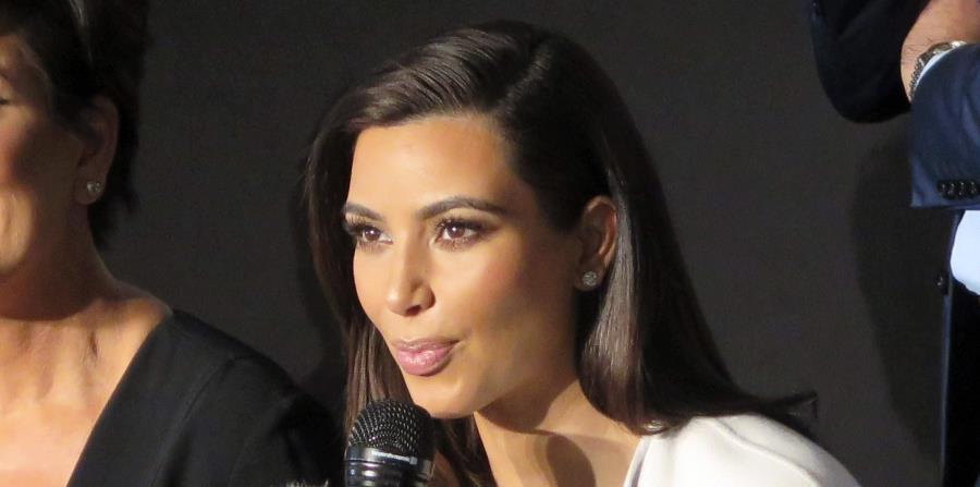 Kim Kardashian desata polémica por su nuevo collar