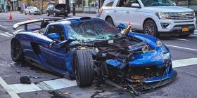 Conductor aprovecha el poco tráfico en Nueva York para ir a toda velocidad y se estrella