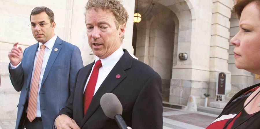 Los senadores votaron 61-36 para rechazar una enmienda propuesta por el senador republicano Rand Paul a la ley anual de política militar. (horizontal-x3)