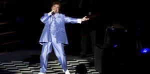 Productor de Juan Gabriel confirma muerte del cantante luego de especulaciones de que regresaría