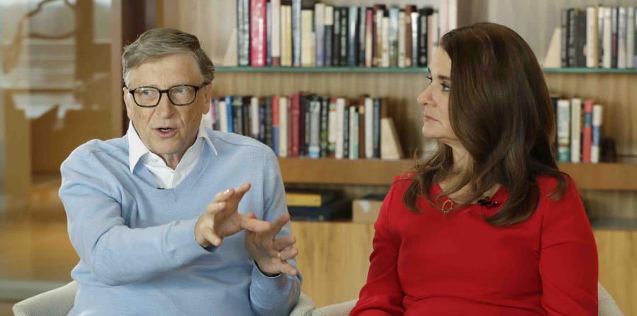 Bill Gates y su esposa Melinda. (AP) (horizontal-x3)
