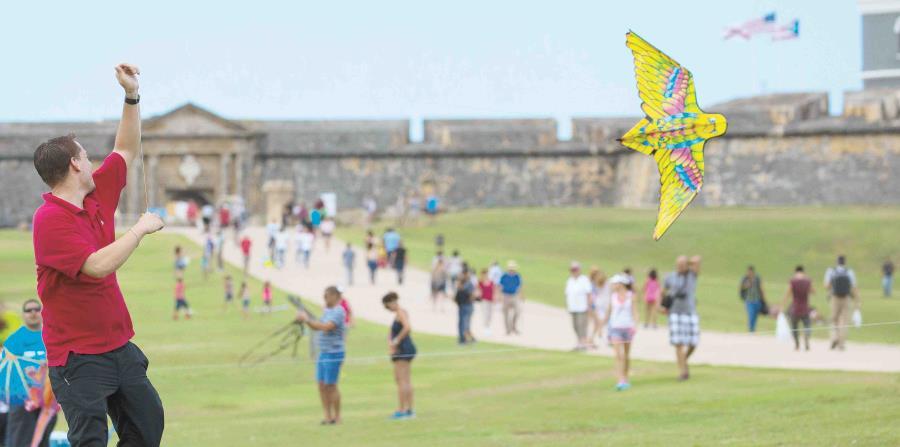 La perla volver a disfrutar de festival de chiringas el nuevo d a - Volar a puerto rico ...