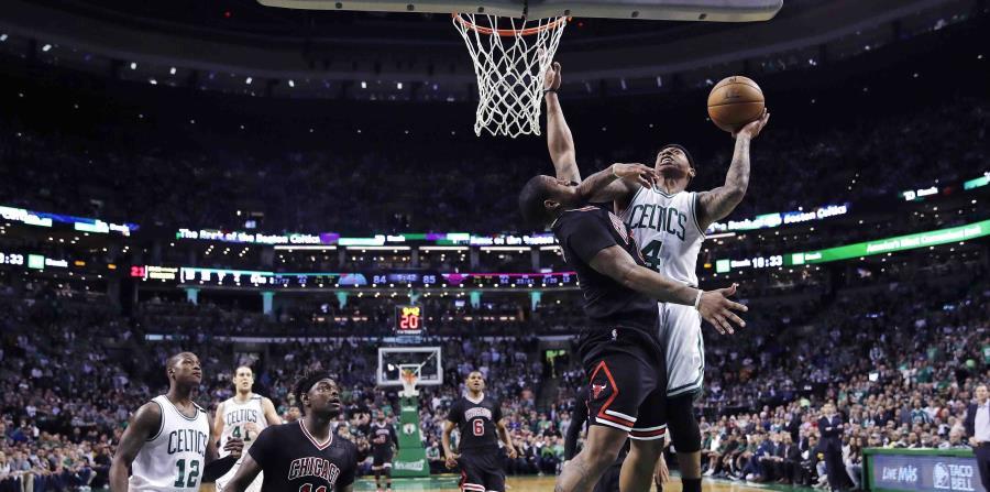 Celtics vencen 108-97 a los Bulls y adquieren ventaja de 3-2 (horizontal-x3)