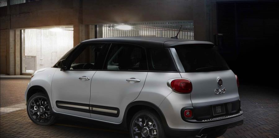 La Edición Urbana incluye características exteriores únicas, que incluyen aros de aluminio negro brillante de 17 pulgadas estándar y detalles en negro reluciente en las manijas de las puertas. (Suministrada)