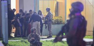 El FBI ejecuta operativo en residenciales de Humacao por narcotráfico