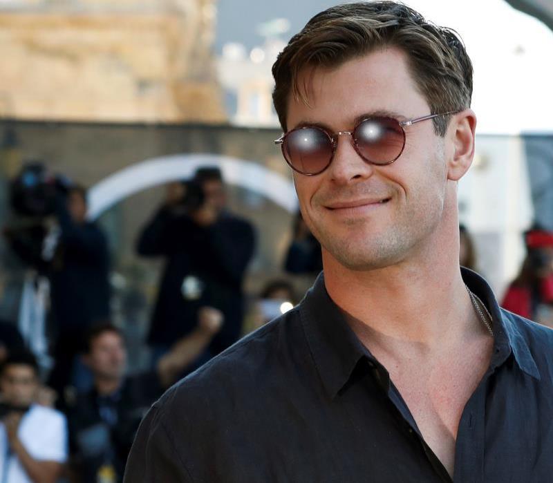 Chris Hemsworth no descarta que una mujer pueda interpretar a Thor (semisquare-x3)