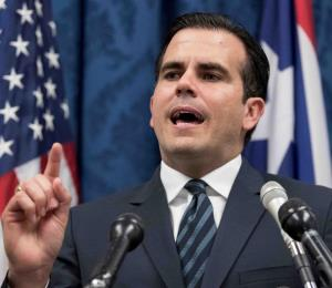 Rosselló rejects the demands of the Board