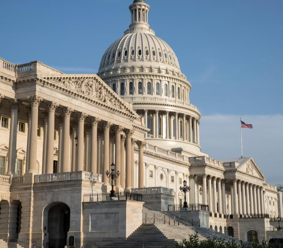 The intention of leadership of the Senate Finance Committee is to approve the reauthorization of the CHIP program before the law expires on September 30 (semisquare-x3)