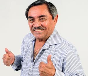 Odilio González celebra 65 años cantando desde el alma