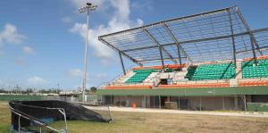 El estadio Félix Millán de Yabucoa está moribundo