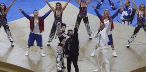 Nicky Jam enciende la ceremonia de clausura del Mundial