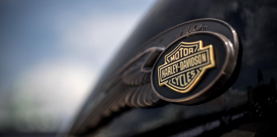 La empresa Harley-Davidson indicó en julio que pronostica que los nuevos aranceles le representarán un costo de hasta $100 millones al año. (EPA / Martin Divisek) (horizontal-x3)