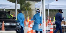 Florida entra en confinamiento obligatorio con un aumento en casos de COVID-19