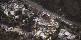 HUD promete otros $277 millones en fondos para mitigar los daños causados por Irma y María