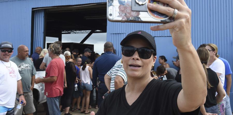 """Olga Tañón participó en la grabación del tema """"Unidos por Puerto Rico"""". (horizontal-x3)"""