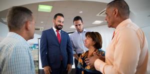 Aibonito y Barranquitas entregan sus planes fiscales