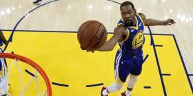 Kevin Durant y Trae Young encabezan torneo virtual de baloncesto